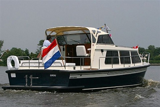 Boats-12-attachment18_Boten-3-bijlage10_BeGeCabrioArneSmit20073.JPG