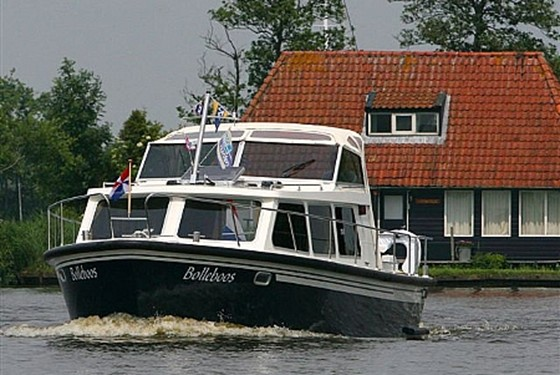 Boats-12-attachment19_Boten-3-bijlage11_BeGeCabrioArneSmit20075.JPG
